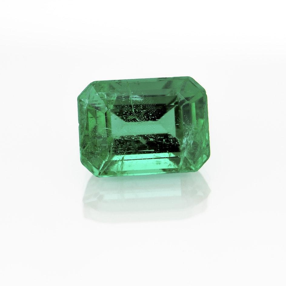 I187 041b Emerald 6 8x5 EC 1 05cts ULSX